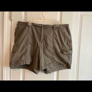 St. John's Bay Cargo casual Shorts